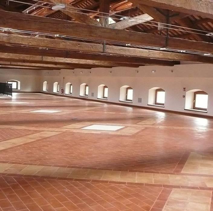 Handcrafted terracotta flooring: Padania historic floors Mediterranean style museums by Terrecotte Europe Mediterranean Tiles
