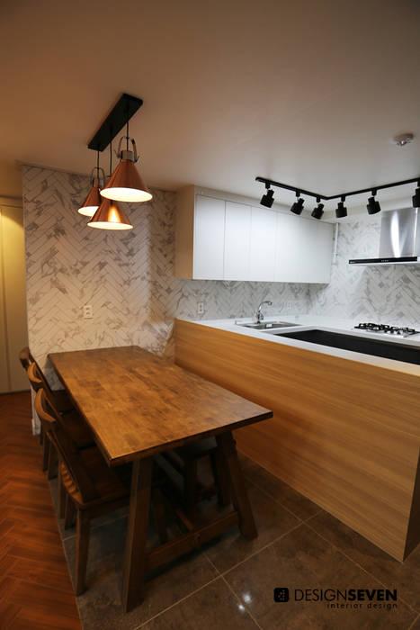 modern  by 디자인세븐, Modern Wood Wood effect
