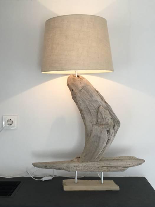 Tischlampe aus Treibholz - Segelschiff:  Wohnzimmer von Meister Lampe,