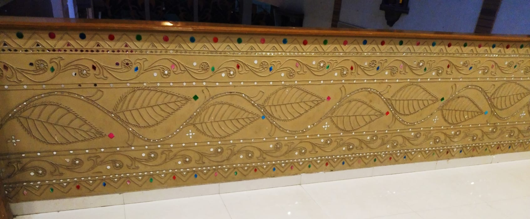 Traditional Lippan Mirrowork Wall Art Painting Are One Of The True