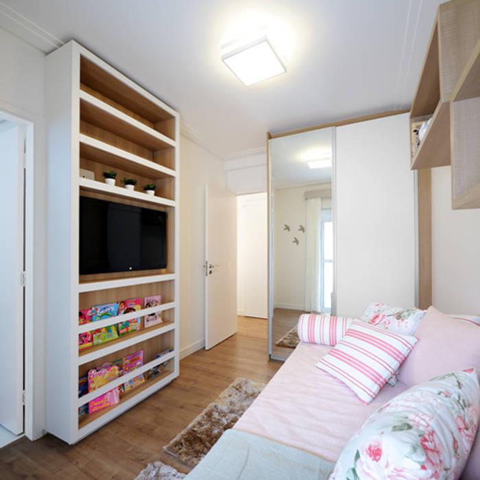 Aline Dinis Arquitetura de Interiores Cuarto para niñas Tablero DM Rosa