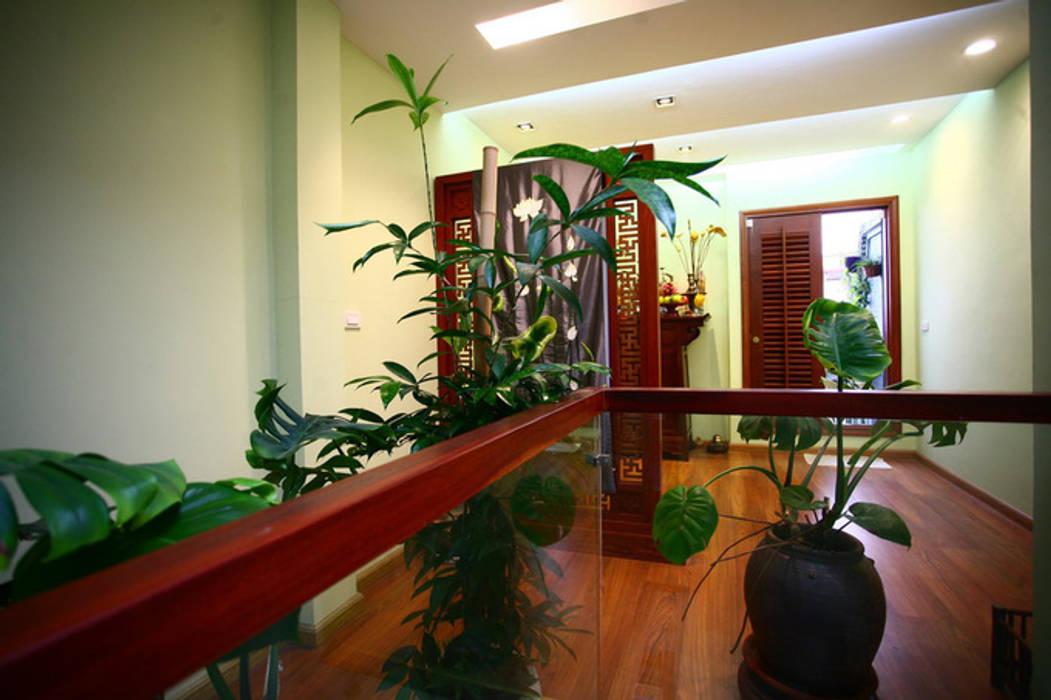 Ngạc Nhiên Với Thiết Kế Nhà Phố 26m2 Nhỏ Mà Vẫn Xinh Công ty TNHH Xây Dựng TM – DV Song Phát Hiên, sân thượng phong cách hiện đại