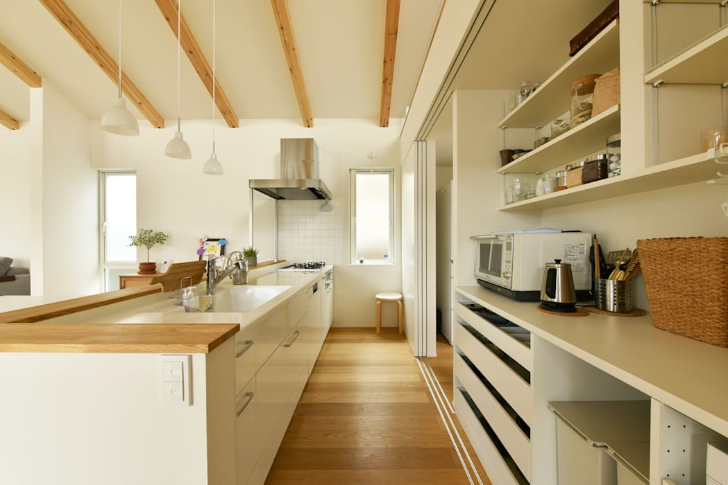 Muebles de cocinas de estilo  por タイコーアーキテクト, Moderno