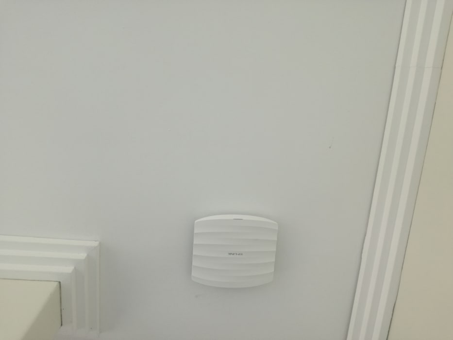 Wide range Access Points:  Floors by Rounded Pixels Media