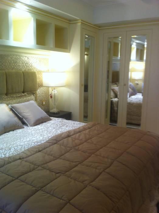 Residenza Privata Parigi: Camera da letto in stile  di Vito De Luca Architetto