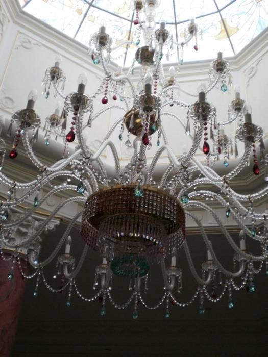 Villa Privata Mosca: Ingresso & Corridoio in stile  di Vito De Luca Architetto