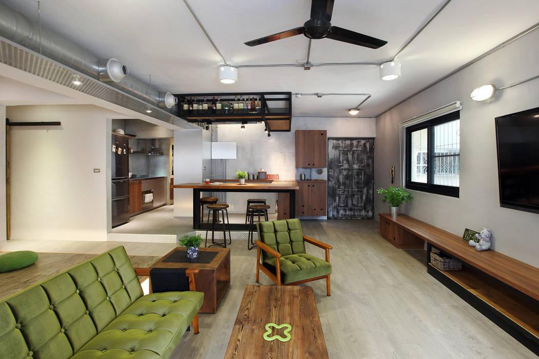 高雄衛武營公寓住宅 - 開放式客廳 森畊空間設計 客廳 金屬 Green