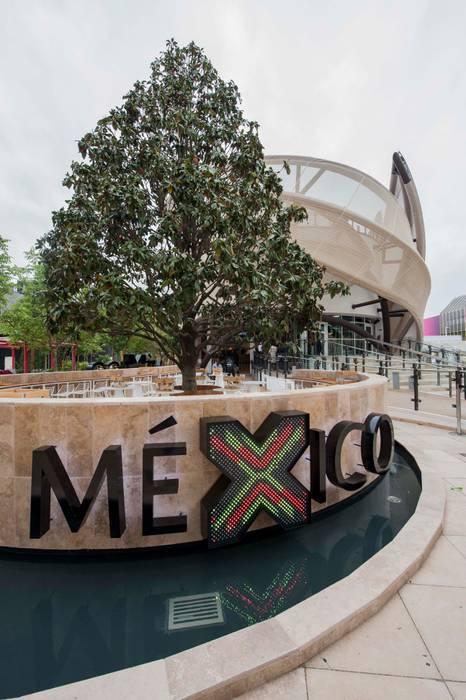 Padiglione Messico EXPO 2015: Sedi per eventi in stile  di Pietre di Rapolano