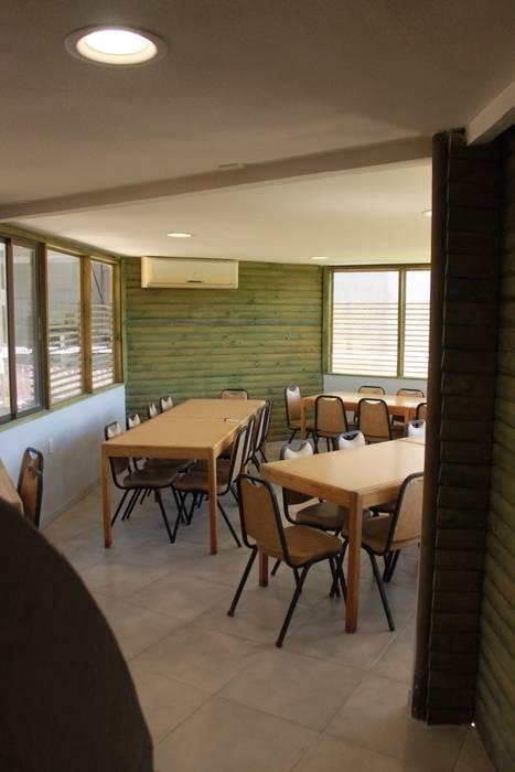 quincho de IDEAfactory Moderno Madera Acabado en madera