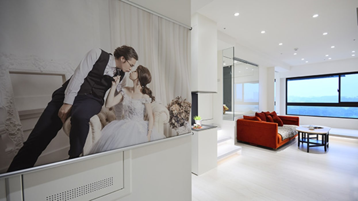 甜蜜溫心風:  客廳 by 瓦悅設計有限公司