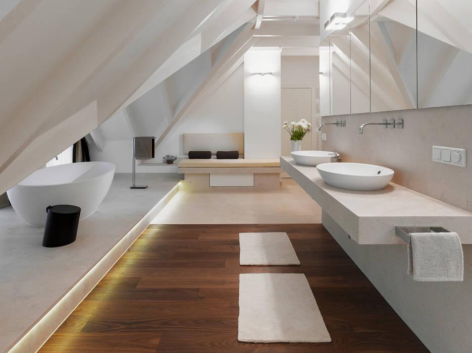 Badezimmer:  Badezimmer von Bäder Möller GmbH,