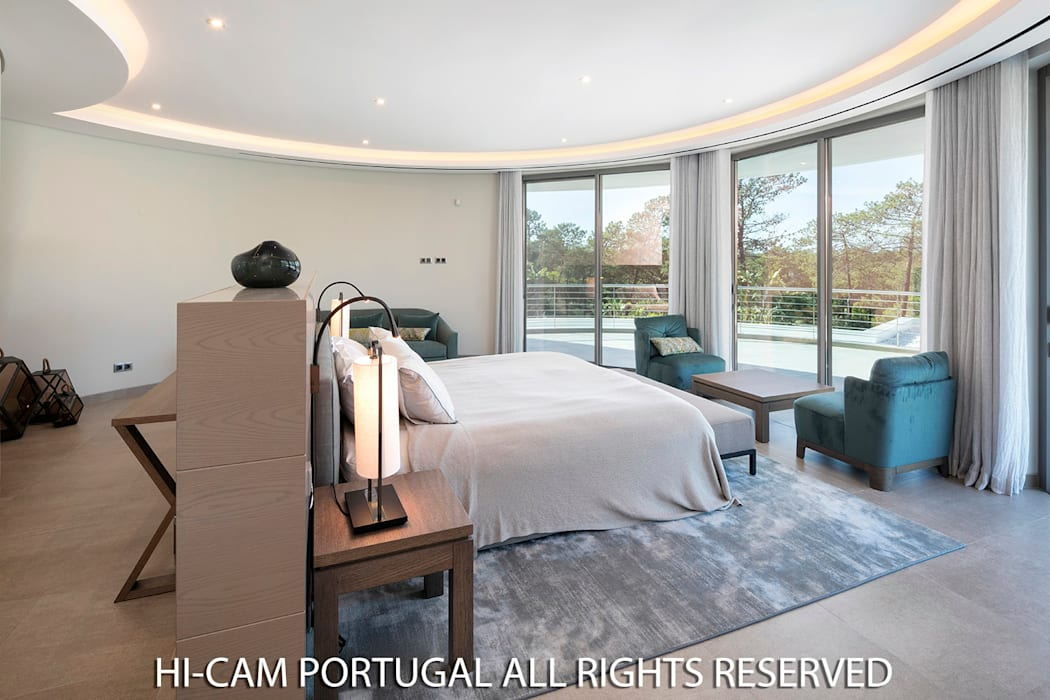 Hi-cam Portugal Minimalist bedroom