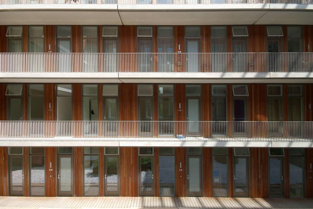 IJside Moderne huizen van TEKTON architekten Modern