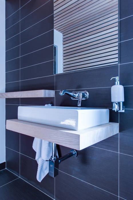 Basin Modern bathroom by JBA Architects Modern Solid Wood Multicolored