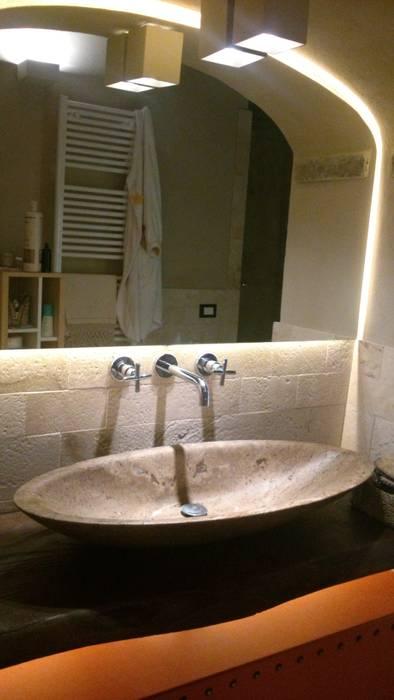 bagno: Bagno in stile  di studio Taddei Donatella