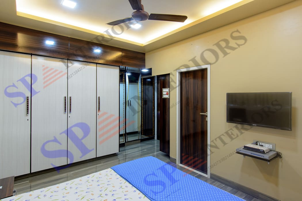SP INTERIORS Modern style bedroom