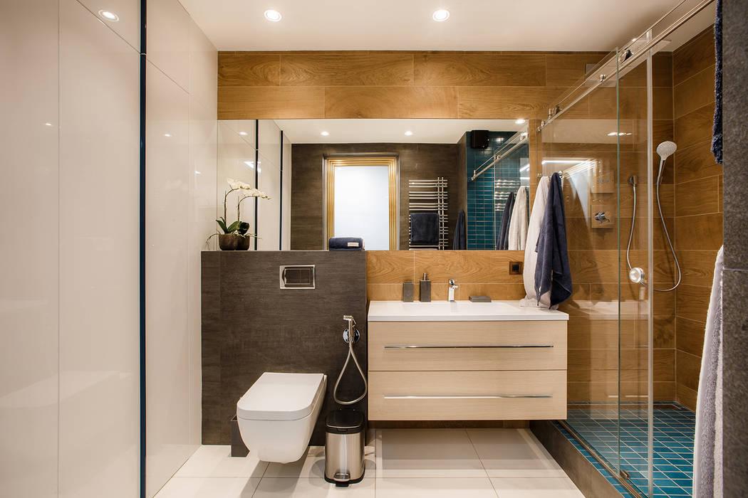 Реализованный интерьер квартиры на ул.Авиационная: Ванные комнаты в . Автор – Дизайн Студия 33, Эклектичный