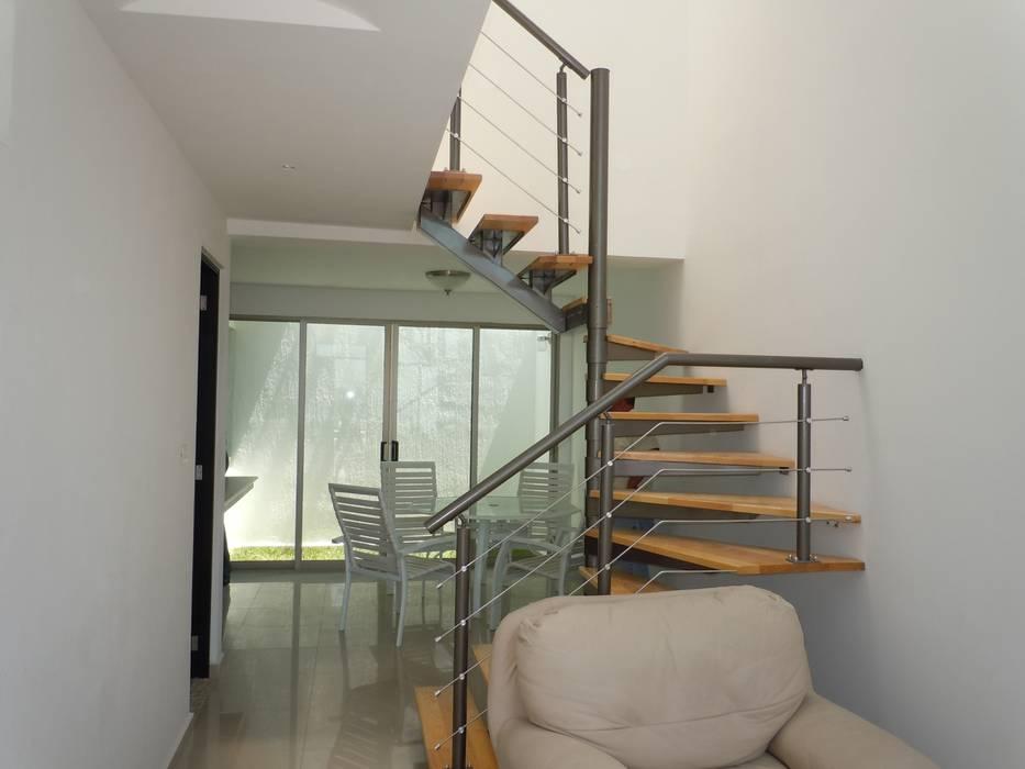 Escaleras de estilo  por DYE-ARQUITECTURA, Ecléctico