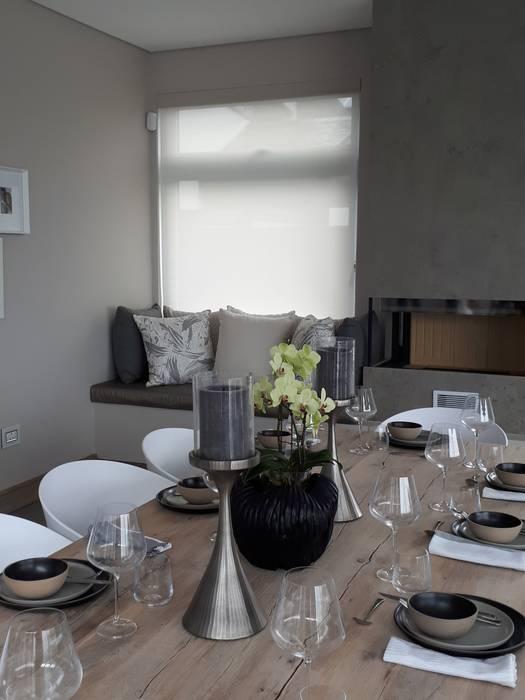 Sheer Weave Blinds Modern conservatory by Elliott Designs Studio Modern