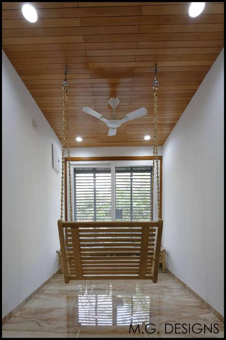 Lounge:  Corridor & hallway by malvigajjar