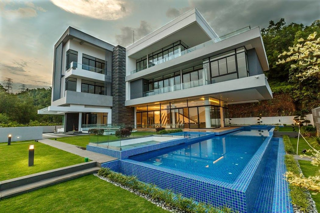 JALAN DAMAI JAYA 2:  Bungalows by Arkitek Axis, Modern
