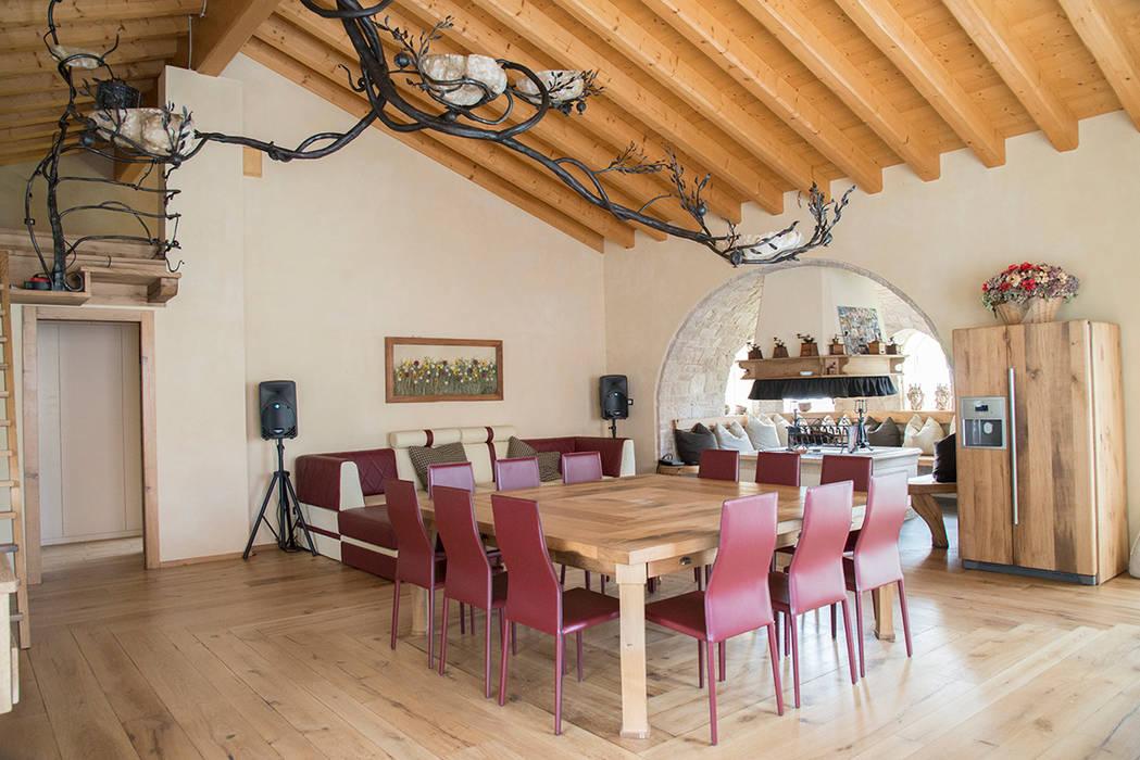 Sala Da Pranzo Rustica : Villa rustica sala da pranzo in stile di ri novo homify