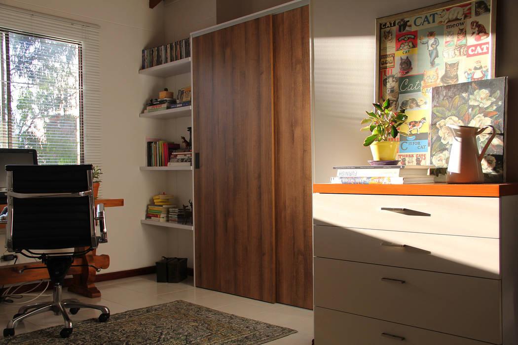 Espacio Final. Habitaciones de estilo minimalista de TRES52 S.A.S Minimalista Aglomerado