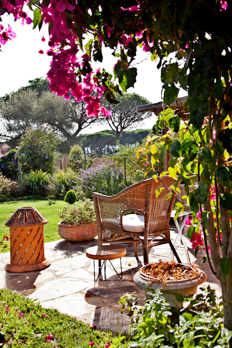 Terrace by Maria Mayer | Interior & Landscape Design, Country