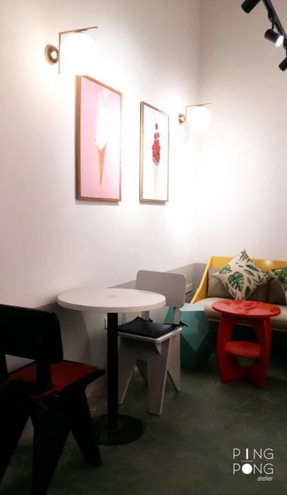 T.O.P ice cream & Tea bởi PingPong Atelier Furniture Hiện đại