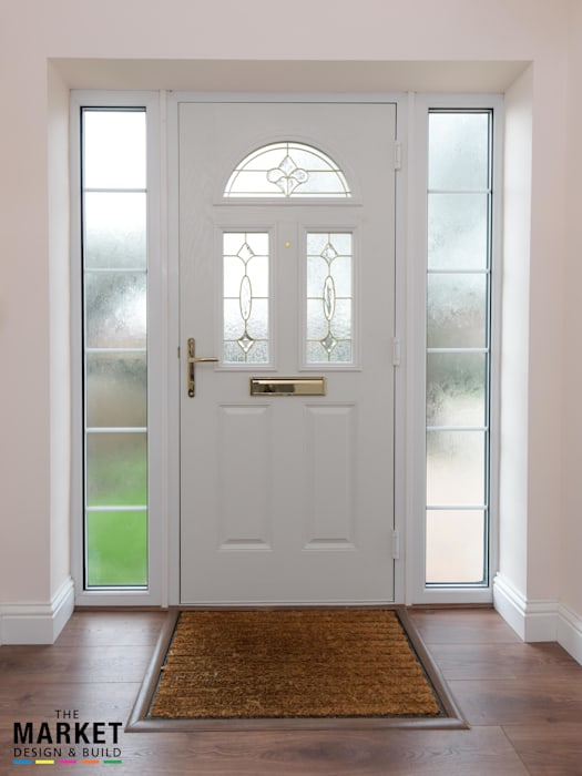Extension In Taplow Modern style doors by The Market Design & Build Modern
