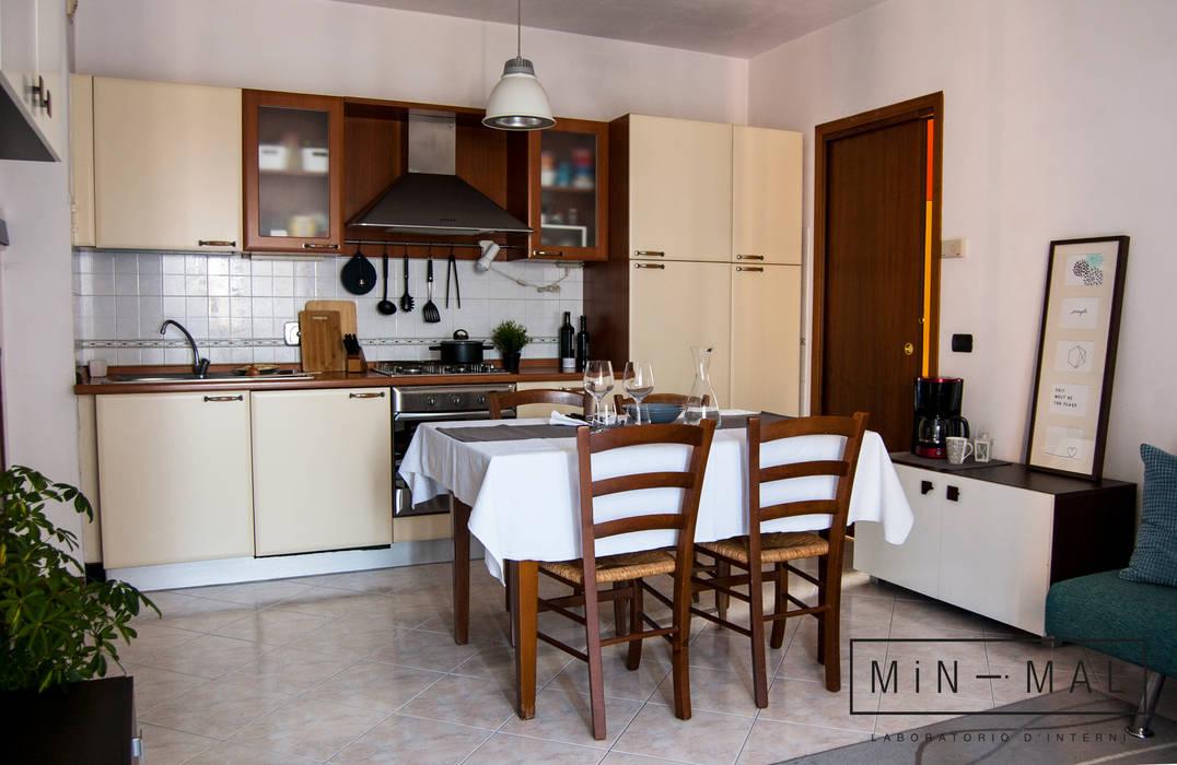 Home staging bilocale q. – angolo cottura: cucina attrezzata ...