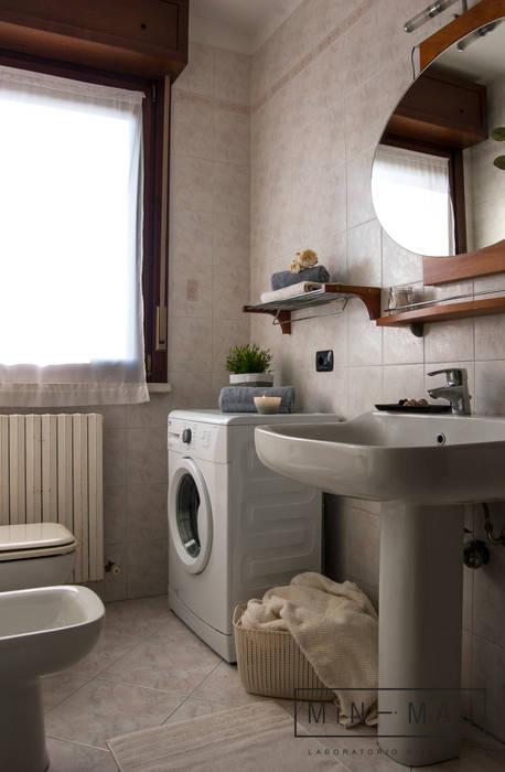 Home staging Bilocale Q. - Bagno: Bagno in stile  di MINIMAL di Casini Roberta