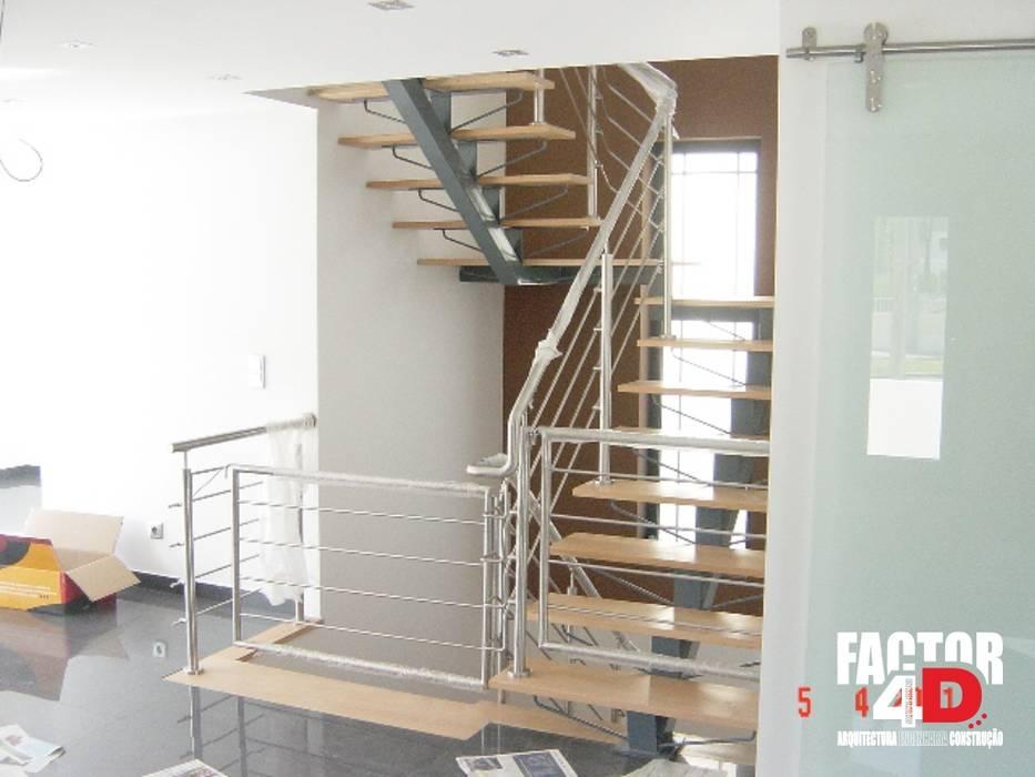 Interior#002 Factor4D - Arquitetura, Engenharia & Construção Escadas