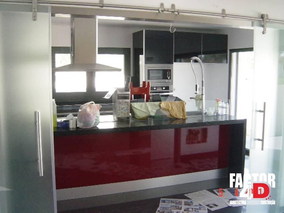Interior#003 Factor4D - Arquitetura, Engenharia & Construção Cozinhas modernas