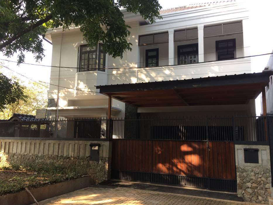 by Kahuripan Architect Колоніальний Цегла