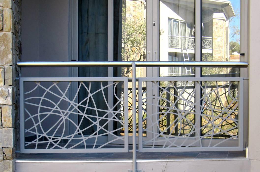 Decorative Balustrade by Metallica Steel Modern Metal