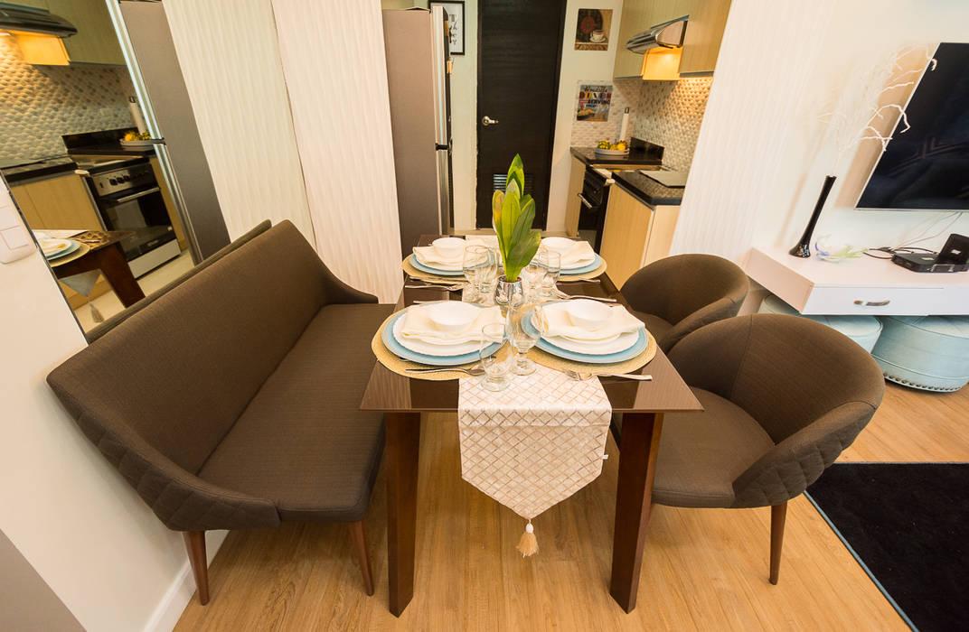 Meranti at Two Serendra:  Dining room by TG Designing Corner , Modern