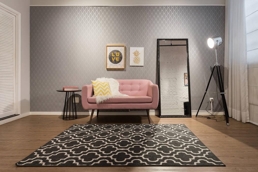 Studio Ideação Ruang Komersial Modern Kayu Buatan Pink