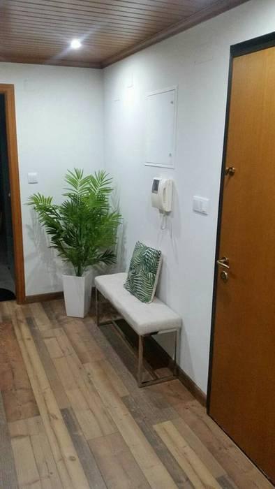 por MEA Interior Design Moderno
