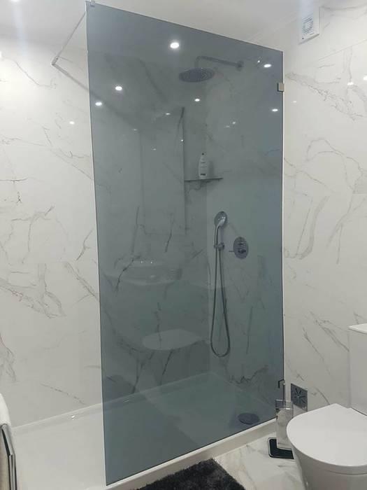 Restyling Wall Entrada e Wc´s Apartamento Casas de banho modernas por MEA Interior Design Moderno