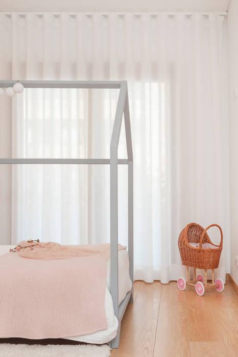 Girls Bedroom by This Little Room, Scandinavian