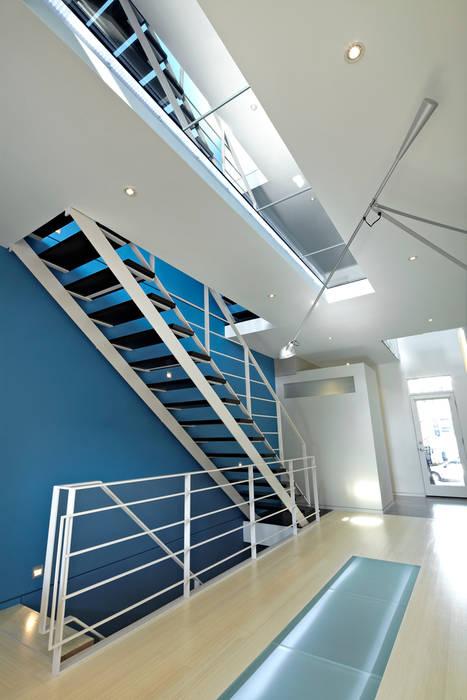 Oleh KUBE Architecture Modern