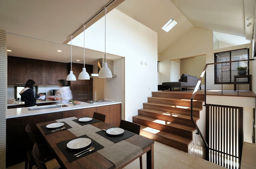 Livings de estilo moderno de HAN環境・建築設計事務所 Moderno