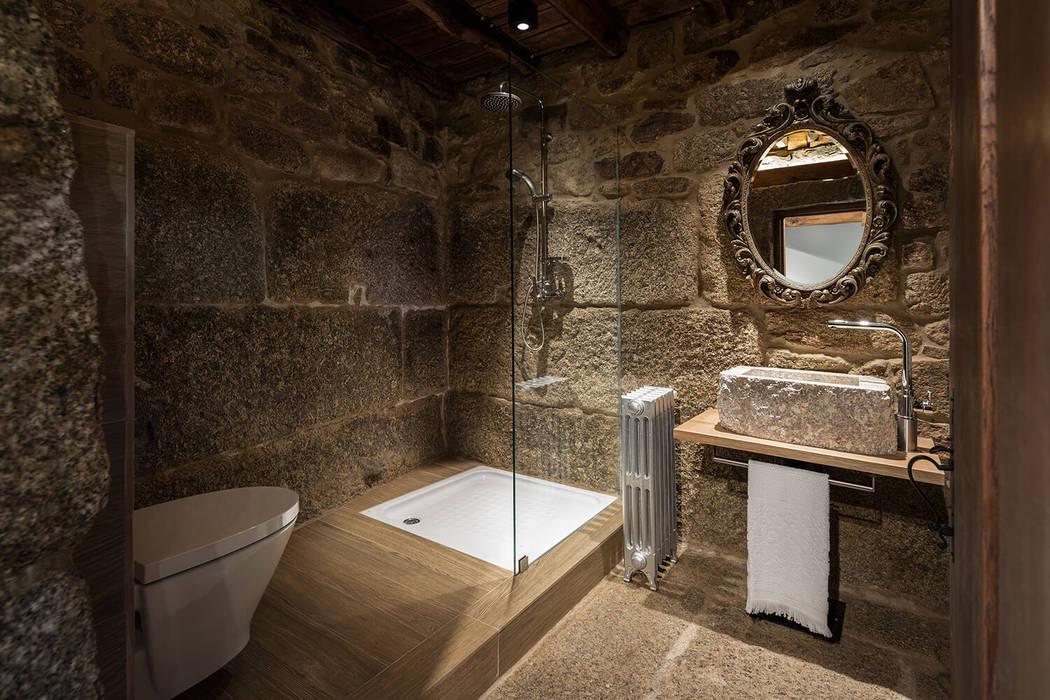Casa de Banho: Casas de banho  por Estúdio AMATAM,Campestre