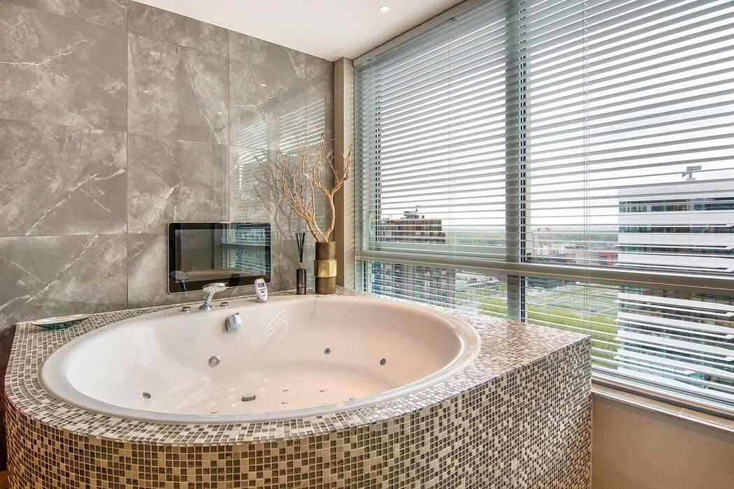 Rond bubbelbad van cleopatra: moderne badkamer door cleopatra bv ...