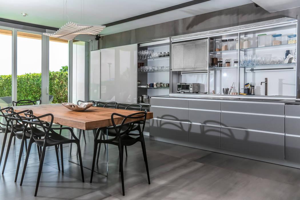 APTO BLUE Comedores de estilo moderno de Design Group Latinamerica Moderno