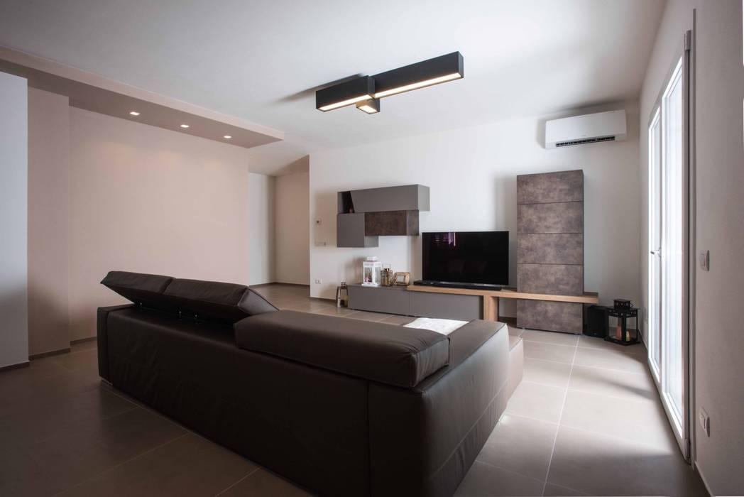 Villa Elisabetta, soggiorno: Soggiorno in stile in stile Moderno di Progettolegno srl
