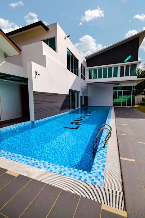 Ampang:  Houses by Hatch Interior Studio Sdn Bhd