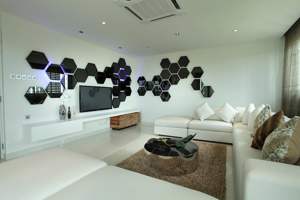 16 Sierra:  Living room by Hatch Interior Studio Sdn Bhd,