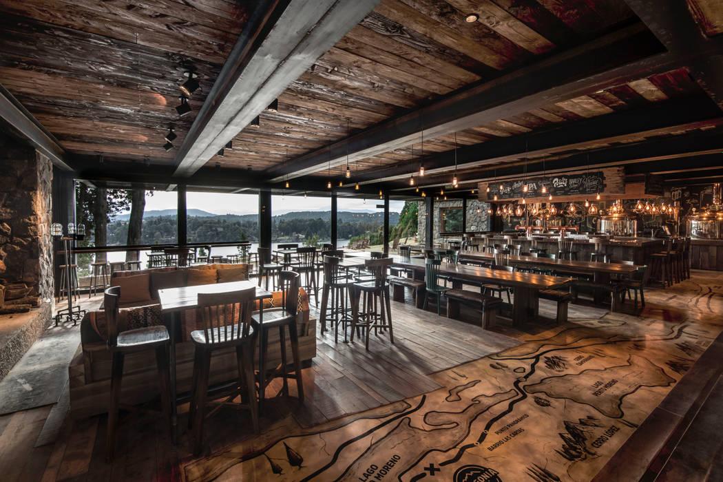 Cervecería Patagonia: Brew Pub: Bares y Clubs de estilo  por Bórmida & Yanzón arquitectos